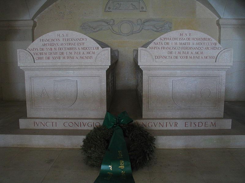 The Unhappy Afterlife of Archduke Franz Ferdinand 800px-Franz_Ferdinand_and_Sophia_Chotek