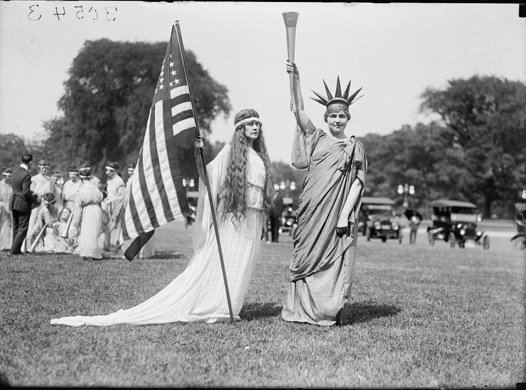 The Haunted Statue of Liberty. Liberty and Columbia: A Patriot Tableau on the Ellipse, 1918. [Image from Library of Congress Prints and Photographs Division Washington, D.C. 20540 USA.]