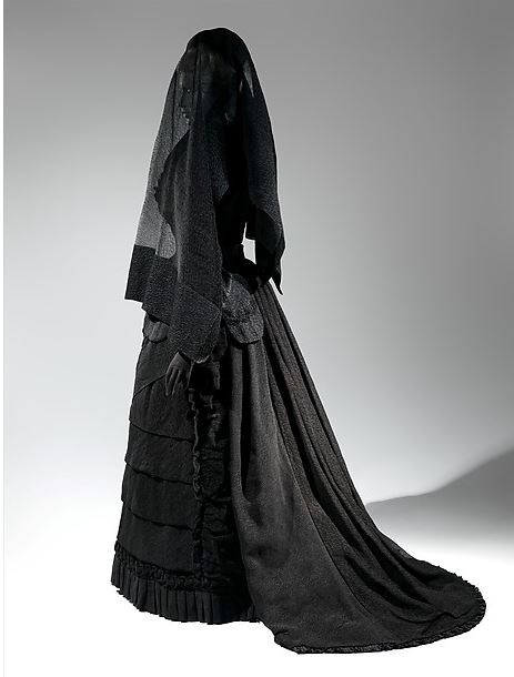 The Woman in Black A classic mourning ensemble c. 1870-2. http://www.metmuseum.org/collection/the-collection-online/search/159185?rpp=30&pg=1&ft=mourning+ensemble&pos=1
